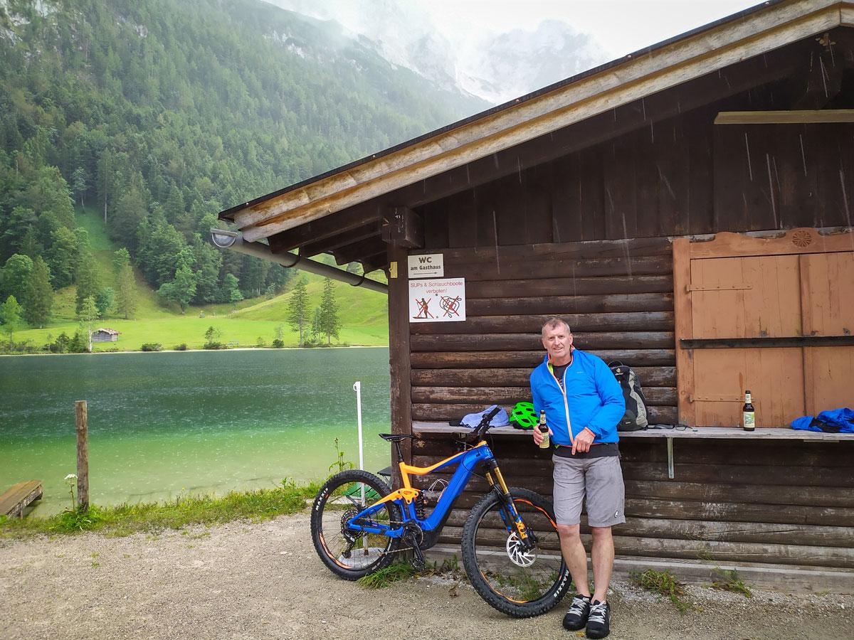 Guide Guide Willi im Regen mit E-Bike
